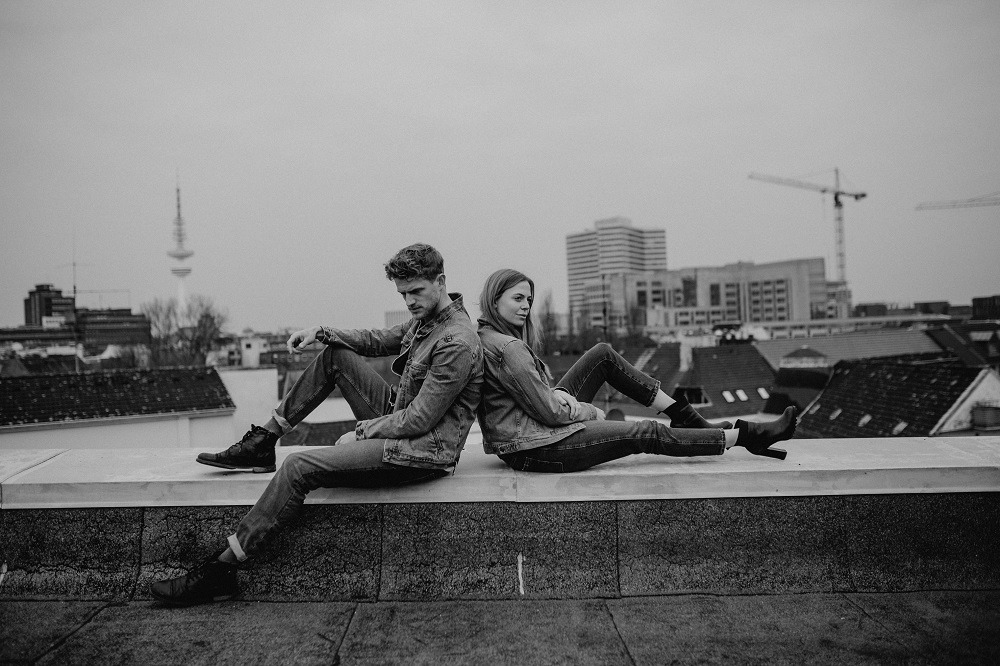 rooftop-paarshooting-hamburg-editorial